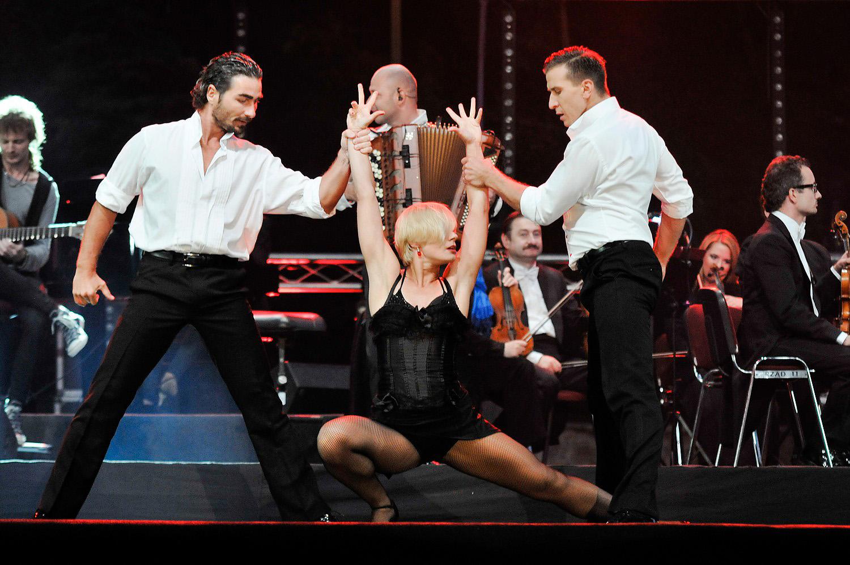 Wyrostek DANCE SHOW